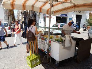 Stand de bouffe de rue à Palerme