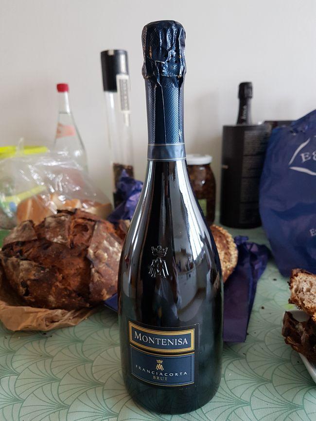 Une bouteille de Franciacorta